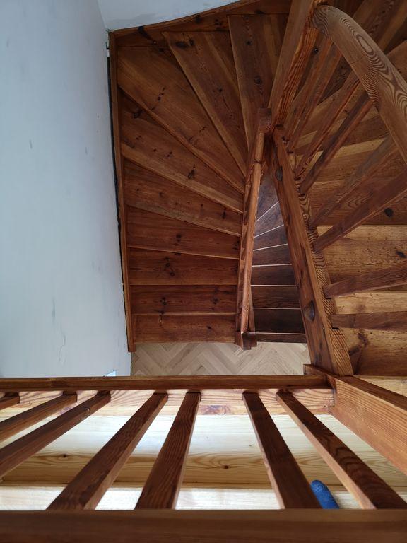 Obnova lesenih stopnic